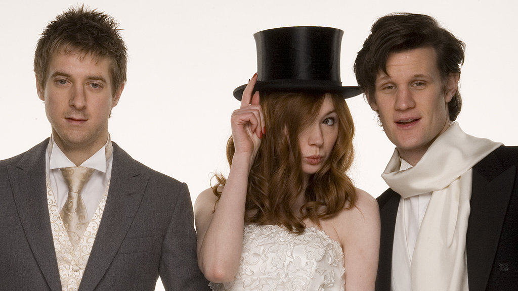 http://static.bbc.co.uk/images/ic/qe/crop/946x532//doctorwho/episodes/d11/s01/e13/wedding/wedding_07.jpg