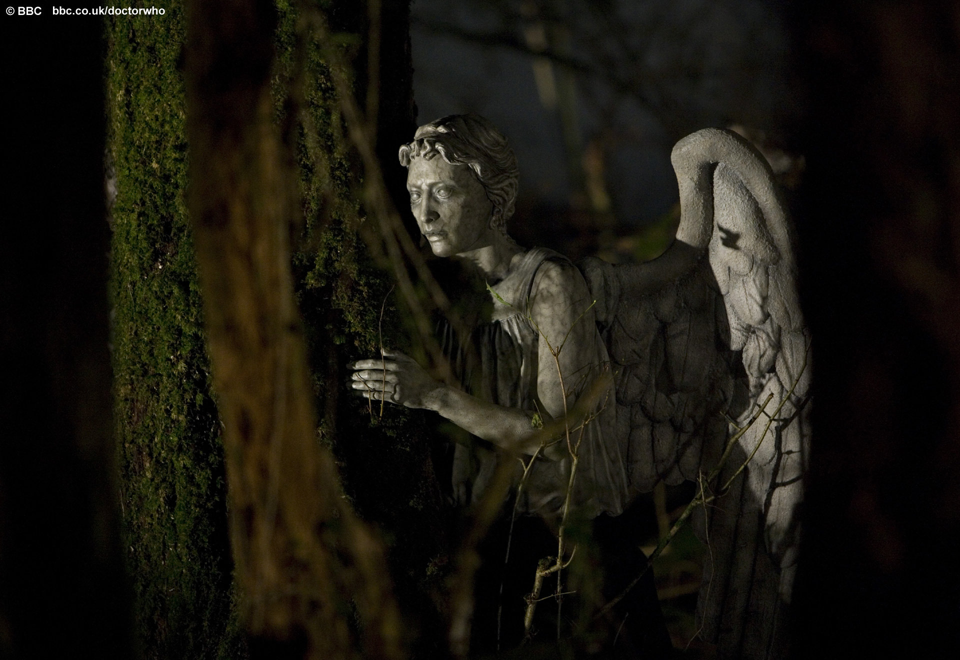 doctor who weeping angels moving wallpaper pictures dont