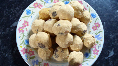 Besan ladoo sweets