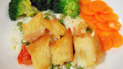 Simple fish dish with broccoli and carrots