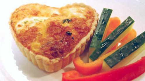 Sweetheart quiche with vegetables