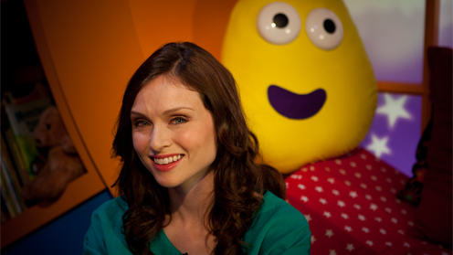 Sophie Ellis Bextor reads the bedtime story